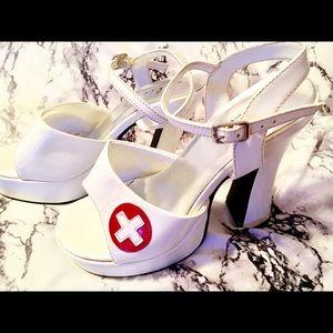 🌡👠Super Sexy Naughty Nurse Platform Heels👠🌡